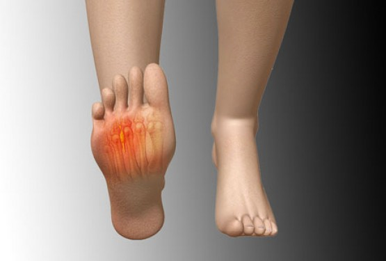 Eight Causes of Pain in Ball of Foot When Walking and How to Treat the Pain