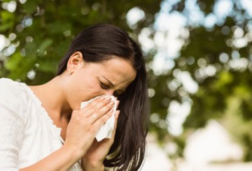What Does Back Pain When Sneezing Say About My Health?